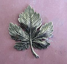 NEW Large Silver Maple Leaf Finding 3562