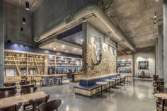 Not all Starbucks stores are created equal. Here, we round up a few unique Starbucks spots around the world. Starbucks Interior, Arte Starbucks, Starbucks Shop, Starbucks Siren, Coffee Shop Design, Cafe Design, Store Design, Bistro Design, Starbucks Locations