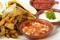Uiensaus (shoarma) recept Turkish Recipes, Ethnic Recipes, Food Stands, Chipotle, Chana Masala, Tapenade, Slow Cooker, Salsa, Dips