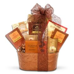 Make the Holidays Count Deluxe Gourtmet Holiday Gift Basket - http://www.specialdaysgift.com/make-the-holidays-count-deluxe-gourtmet-holiday-gift-basket/