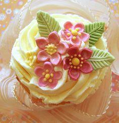 Summer mix cupcakes