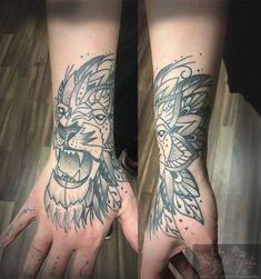 #forlifecolor #christattoo #tattoorosenheim #raublingtattoo #tatts #tattoo #tattoogirl #germantattooers #tattoos #tattooink #tattoosofinstagram #inked #inkedlife #blackandgreytattoo #mandalatattoo #coverup
