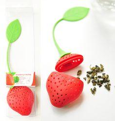 No dejes que las hojas del té caigan en el agua con este lindo infusor de silicona. info@inversionesdominga.cl