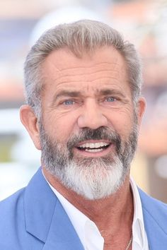 An Introduction To The Mel Gibson's 2 Tone Gray Beard Style From Beardoholic.com