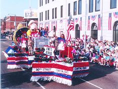fourth of july parade decorations