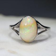 Natural Australian Boulder Opal 18k White Gold Ring - Ring Size 7 Code -GR02006 Opal Rings, Gemstone Rings, Honey Colour, Australian Opal, Opal Jewelry, White Gold Rings, Bouldering, Coding