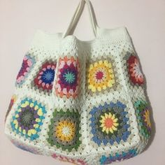 Granny Square Bag, Granny Square Crochet Pattern, Crochet Granny, Granny Squares, Rainbow Crochet, Crochet Summer, Selling Crochet, Crochet For Beginners Blanket, Crochet Tote