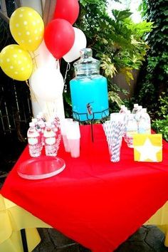 Hostess with the Mostess® - Carnival/Circus Birthday Party
