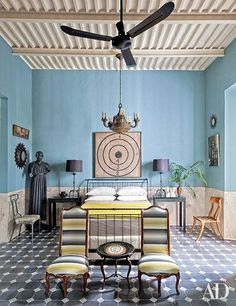 This 19th-century home in Mexico is a tropical paradise.