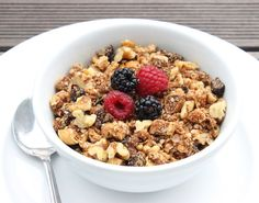 Pin for Later: 15+ Granola Recipes That'll Make Mornings Much More Bearable Gwyneth Paltrow's Quinoa Granola You know you want to try Gwyneth Paltrow's quinoa granola recipe.