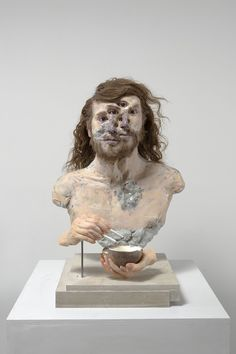 """David Altmejd's mindbending sculptures return in a new show at White Cube Hong Kong. In """"The Vibrating Man,"""" running through May the artist offers his transforming figures and… Joseph Cornell, Louise Nevelson, David Altmejd, Monochrome, Hi Fructose, Wellcome Collection, Glass Gemstone, Art Sculpture, The Uncanny"""