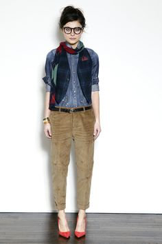 chambray shirt + cords + colorful shoes - the scarf = cute