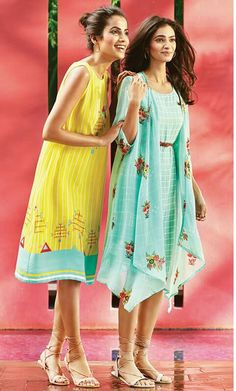 New Dress Pattern For Women Formal Ideas Shrug For Dresses, Trendy Dresses, Short Dresses, Casual Frocks, Casual Skirt Outfits, Simple Outfits, Western Dresses, Indian Dresses, Frock Fashion