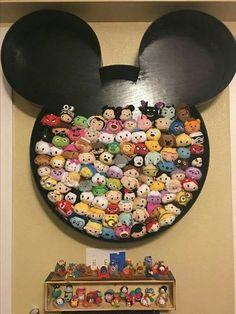 Diy display case ~ A case is a superb way to display your collectables. Disney Diy, Casa Disney, Deco Disney, Disney Home Decor, Disney Crafts, Disney Magic, Disney Pixar, Disney House, Disney Bedrooms
