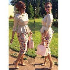 50 tenues en pagne pour hommes,femmes et enfants African Print Dresses, African Print Fashion, African Wear, African Attire, African Fashion Dresses, African Women, African Dress, Ankara Fashion, Look Fashion