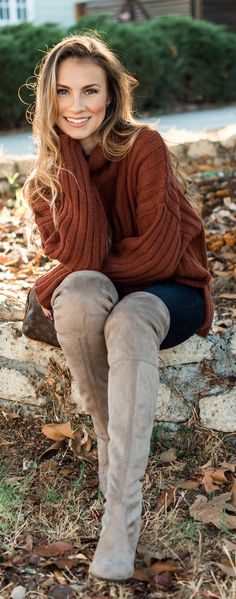 Fall Outfit I love - Brown sweater, blue jeans and Over the knee boots