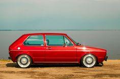 '80 VW Golf Volkswagen Golf, Vw Mk1, Golf Mk1, Vw Corrado, Car Colors, Vw Cars, Dream Garage, Custom Cars, Golf Tips