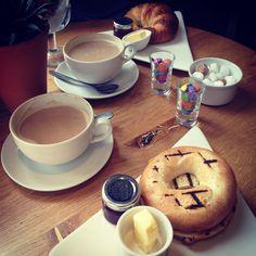12.06.14 - Geburtstagsfrühstück mit der Besten macht mich glücklich! #100happydays