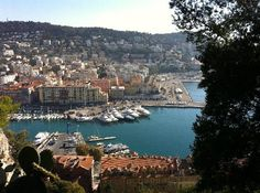 French Riviera. Der Hafen von oben   (Freud_und_Leid, Jul 2011)  Hotel war ok - leider etwas feucht