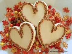 """So many times, people say """"Oh, I can't eat that cookie because it's so pretty! Especially little kids. They don't look at the fine details that I fussed. Thanksgiving Cookies, Fall Cookies, Heart Cookies, Valentine Cookies, Valentines, Sugar Cookies, Ornament Wreath, Grapevine Wreath, Cookie Decorating Supplies"""