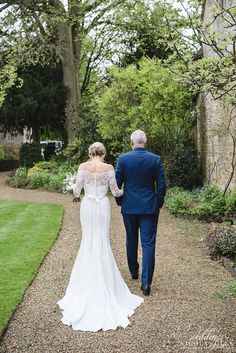 Covering weddings in & around Gloucestershire, London, Oxfordshire & the whole UK. Wedding Photos, London, Weddings, Wedding Dresses, House, Collection, Fashion, Wedding, Marriage Pictures