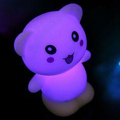 Pequeño Oso Rotocast cambian de color de luz de la noche – USD $ 1.99