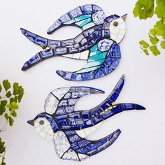 Mosaic Swallows by Emma Leith Mosaic Art Projects, Mosaic Crafts, Mosaic Diy, Mosaic Wall, Mosaic Animals, Mosaic Birds, Bird Patterns, Mosaic Patterns, Bird Template
