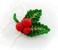 HAND CROCHET BROOCH APPLIQUE DECORATION CHRISTMAS HOLLY AND BERRIES in Crafts, Crocheting & Knitting, Other Crocheting & Knitting   eBay