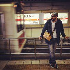 #Annoni #AnnoniBags #Osaka #Japan #ShinOsaka #Shinosakastation #Tombag #Travel #Lifestyle #TravelBag #LeatherBag #Subway