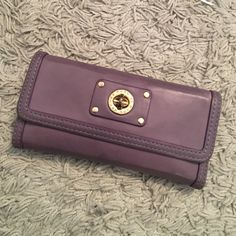 Marc by Marc Jacobs wallet Light purple with gold closure. Light scuffs and wear as shown in photos Marc by Marc Jacobs Bags Wallets
