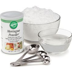 Make flowers, rosettes and other decorations in advance using our hard-drying stiff consistency Royal Icing.