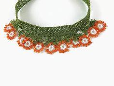 Naranja y blanco Oya flores Crochet collar  declaración