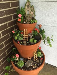 Magical and best plants diy fairy garden inspirations 60 fairy garden pots, diy garden tower Fairy Garden Pots, Indoor Fairy Gardens, Fairy Garden Houses, Diy Garden, Miniature Fairy Gardens, Garden Crafts, Garden Projects, Potted Garden, Balcony Garden