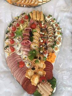 Party Food Platters, Buffets, Charcuterie, Parmesan, Food Art, Pasta Salad, A Table, Appetizers, Low Carb