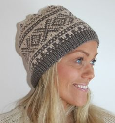 Mariuslue til dame i deilig ull og alpakka Norwegian Knitting, Knitting Ideas, Norway, Knitted Hats, Country, Pattern, Diy, Design, Fashion