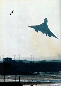 """david-reeves: """" The """"last"""" flight of the Concorde - Air France Flight AF 389 Victor leaving JFK Airport in New York on September 21, 2000. Source: Paris Match magazine, October 5, 2000. Note: The..."""