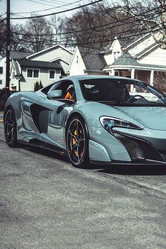 Supersexy McLaren 675LT