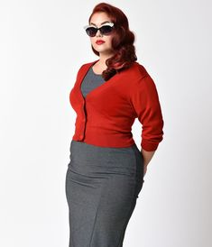 Unique Vintage Plus Size Red Three-Quarter Sleeve Button Up Crop Cardigan Red Cardigan Outfits, Plus Size Vintage Clothing, Size Clothing, Plus Size Capsule Wardrobe, Cropped Cardigan, Knit Cardigan, Professional Dresses, Plus Size Kleidung
