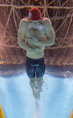 Adam Peaty of Great Britain on his way to a new World Record in the men's 100m…