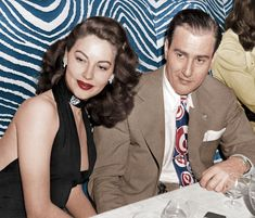 oldloves: Ava Gardner & Artie Shaw at Club El Morocco, 1945 Old Hollywood Style, Golden Age Of Hollywood, Vintage Hollywood, Hollywood Glamour, Hollywood Stars, Classic Hollywood, Hollywood Party, Ava Gardner Photos, Ava Gardner Movies