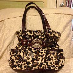 Spotted while shopping on Poshmark: Kathy vaan Zeeland Animal print Bag! #poshmark #fashion #shopping #style #Kathy Van Zeeland #Handbags
