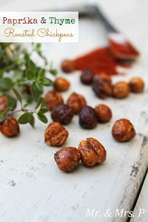 Our paprika and thyme roasted chickpeas are a guiltless snack that you can make in no time! Roasting them gives them a nutty flavor p. Chickpea Recipes, Veggie Recipes, Appetizer Recipes, Soup Recipes, Snack Recipes, Healthy Recipes, Appetizers, Healthy Treats, Antipasto