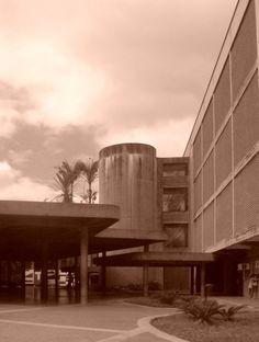 Edificio del Rectorado - Foto de Jacqueline Montenegro