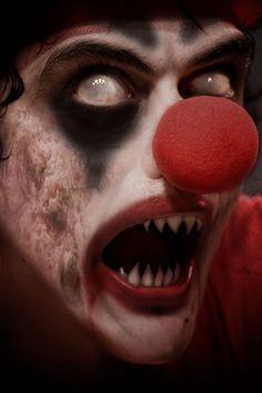 [  http://www.pinterest.com/toddrsmith/boo-who-adult-halloween-ideas/  ]  evil clown