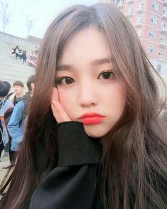 Imagem de ulzzang, girl, and asian Pretty Korean Girls, Cute Korean Girl, Cute Asian Girls, Cute Girls, Uzzlang Girl, Korean Beauty, Asian Beauty, Korean Girl Ulzzang, Girl Korea