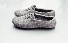 Felt wool slippers Men Women Unisex home shoes Gray White Black Organic natural wool handmade slippers Valentines gift for her and him