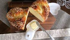 Topfenauflauf mit Aprikosen - Bine kocht! German Baking, Eclair, No Bake Desserts, Bagel, Bread Recipes, French Toast, Good Food, Gluten Free, Vegetarian