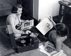 Students listening to records, ca. 1950s.  (Vassar College Archives)