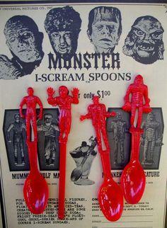 Vintage Monster I-Scream Spoons of Classic Universal Monsters. Frankenstein's Monster, Monster Mash, Monster Party, Mini Monster, Retro Toys, Vintage Toys, 1960s Toys, Vintage Movies, Gi Joe