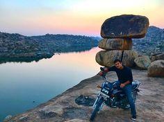 Mountain biking to a Splendour sunrise  #bike #sunrise #sun #motorbike #bikelife #splendour #herohonda #stone #morning #mornings #travelingram #hampi #morningview